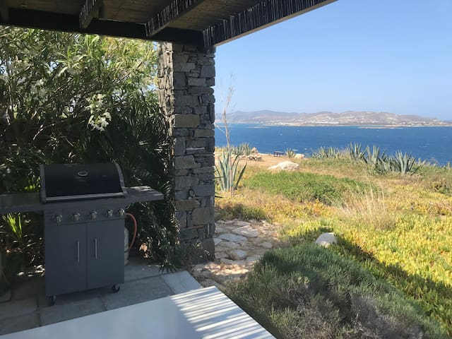 Paros, one appartement with breathtaking view.