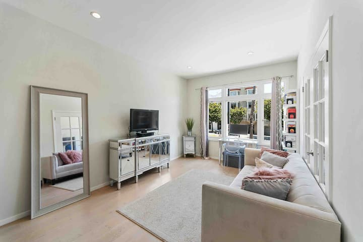 Modern, Stylish 1Bd in Mission Dolores