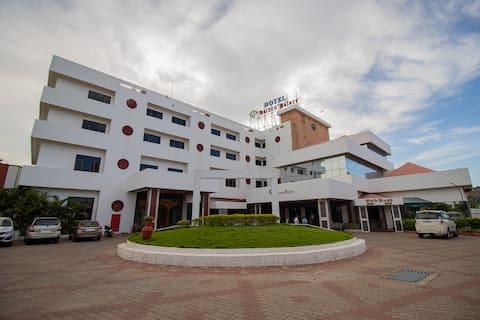 DELUXE @ RESIDENZA GOLDEN PALACE, Namakkal