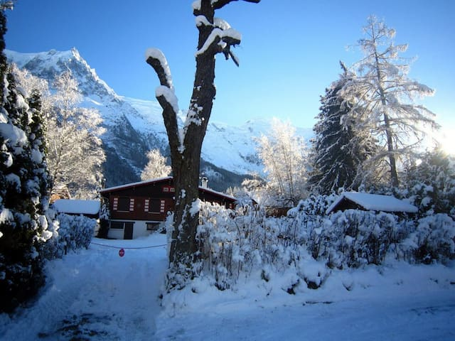 Homely Chalet with great views. - Chamonix-Mont-Blanc - Casa