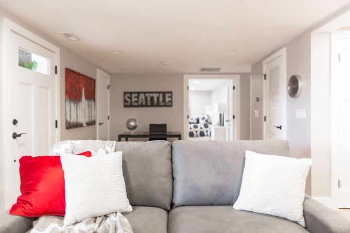 West Bellevue Backyard Suite