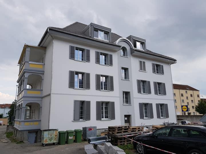 2.5 Zimmer Apartment Wohnung, 1-RL