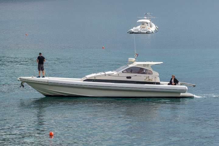 Premium speed boat Eni %TOTAL DISCOUNT%