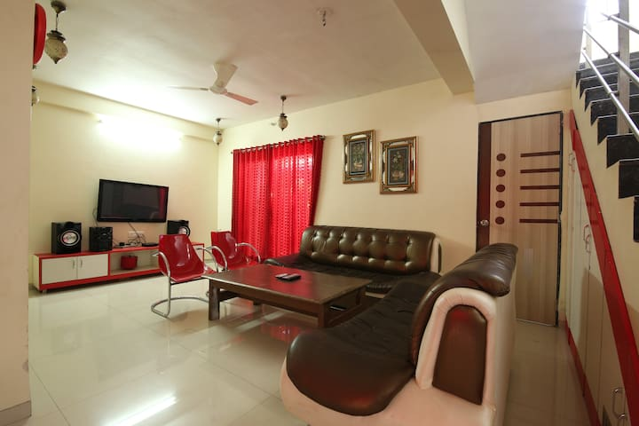 Lonavala Khandala AC 2 BHK Jannat Villa with Pool