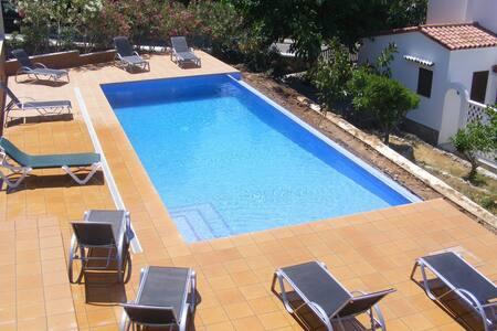 Preciosa y confortable Villa con vistas al mar - San Jaime Mediterráneo - Vila