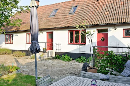 Lovely traditional house in Southern Sweden - Simrishamn V - 獨棟