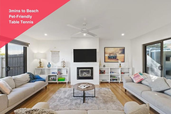 TORQUAY | Family Home 300m to beach. Pet Friendly