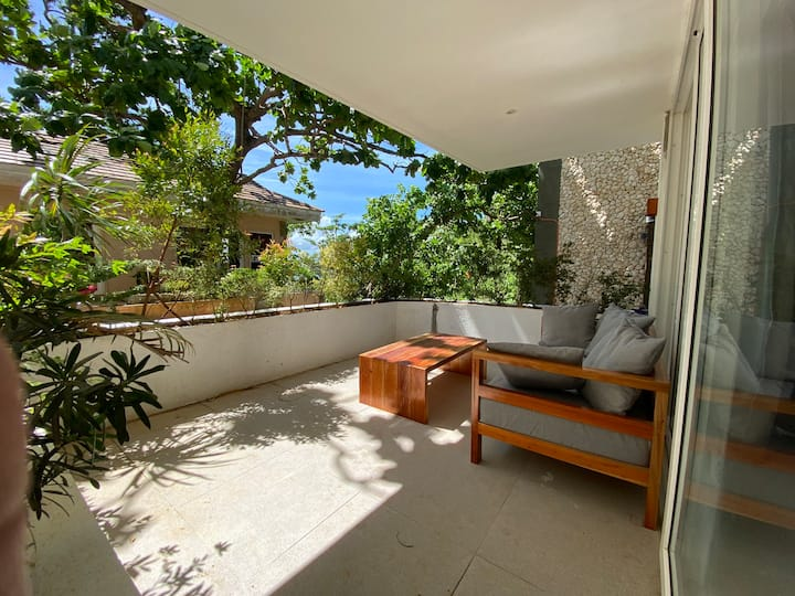 Cosy new two bed unit above Diniwid in Boracay