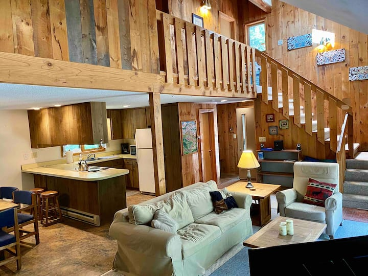 Saco River Mountain Getaway - perfect location