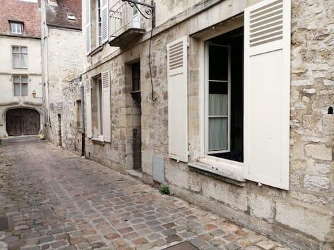 Appartement ancien centre ville de Senlis