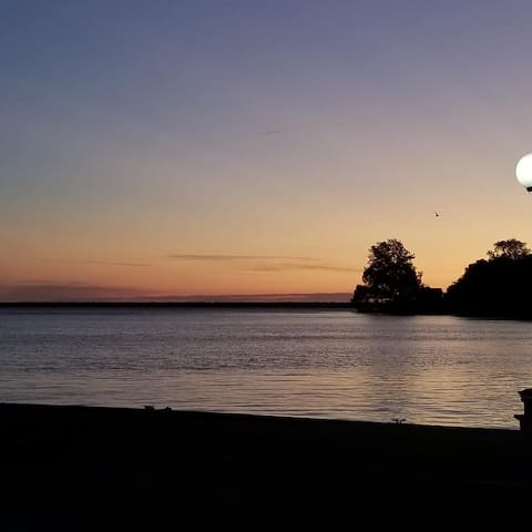 Waterfront Month/Year rental - Erieau, On