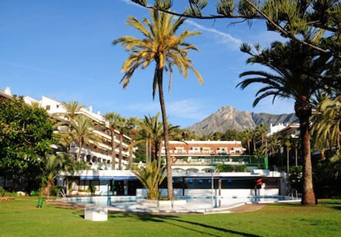 LUXURY 2ND FLOOR,STUDIO, GOLDEN MILE MARBELLA,WIFI