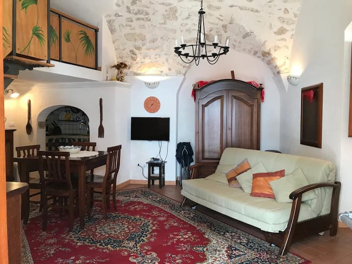 Charming traditional house in Monte Sant'angelo