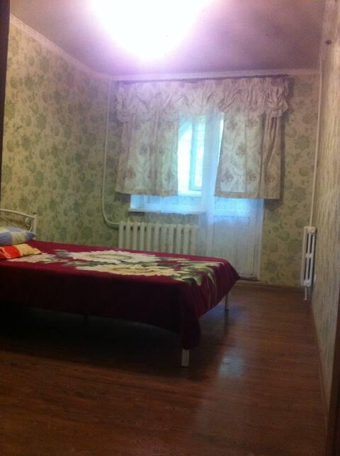 Отличная 3-х комн. квартира в Луганске