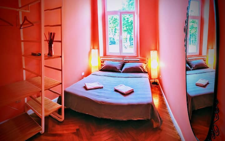 Cute&Cosy Orange Room