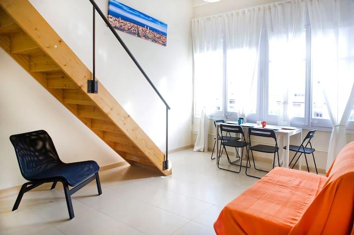 Cool Loft-Duplex 4.4 near beach&BCN - Badalona - Loft