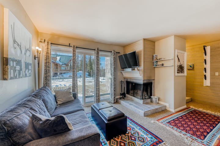 Ground Floor Condo with WiFi, Wood-Burning Fireplace, and Private Gas Grill!