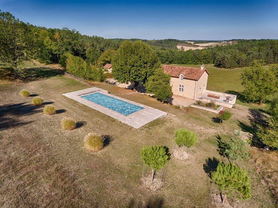 Villa isol e avec piscine priv e proche perigueux houses for Piscine perigueux