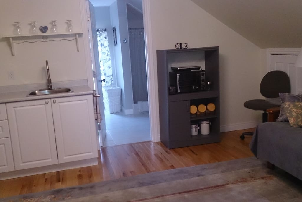 Fulton (double)  sitting area with equipped kitchenette