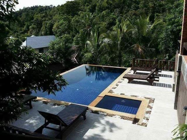 Seaview villa 2 bedroom( private)