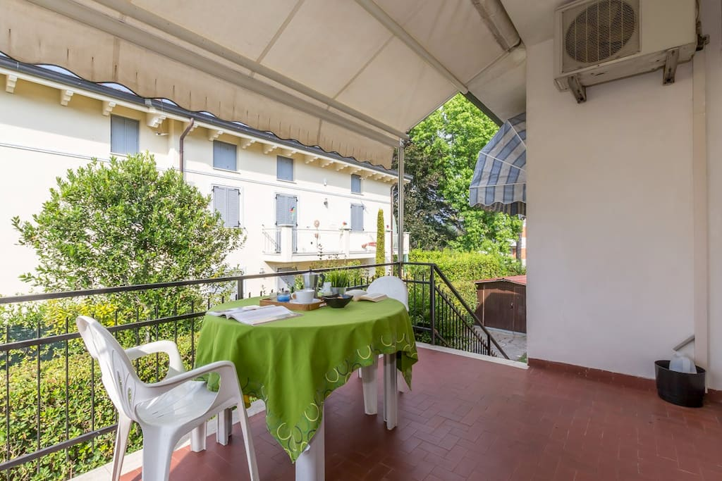 Private terrace with dining set