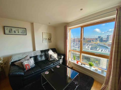 Stylish, modern one bedroom City Centre apartment