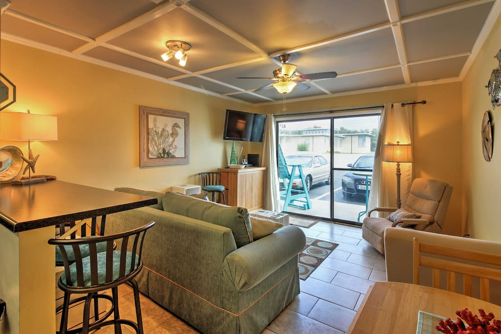 Step inside the cozy condo and make yourself at home in the well-appointed living space.