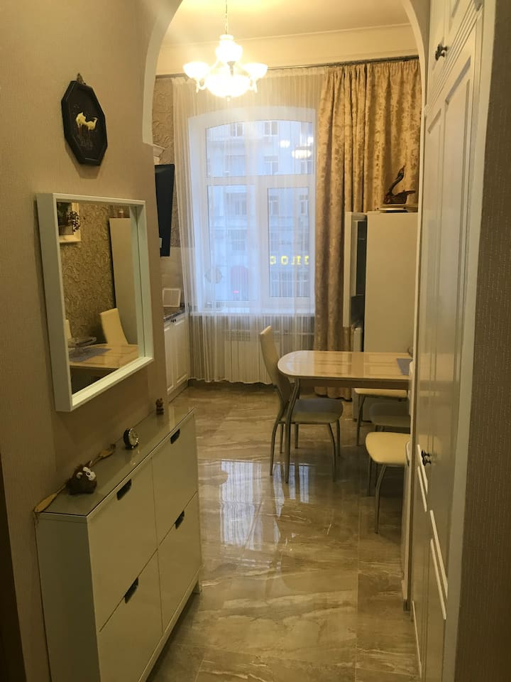 World cup 2018 15 min. flat 2br Central Park !!