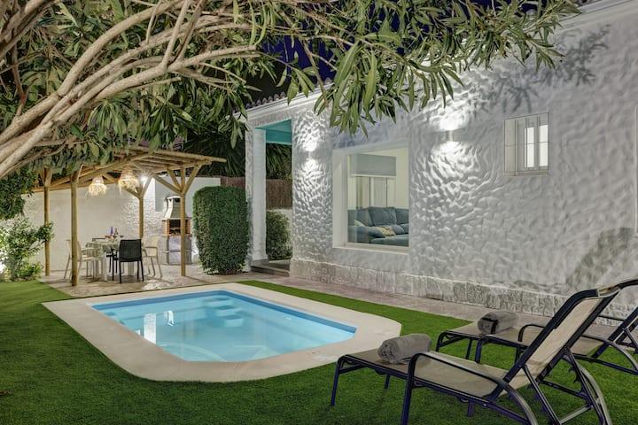 Villa Conchita By Seric