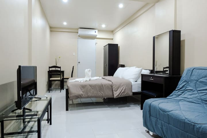 G/F Contemporary Studio in Makati