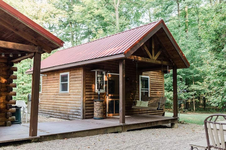 ❤️ FIRE PIT ★ PRIVATE CABIN Retreat in the Woods