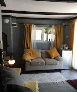 Superior Contemporary Style Double Room