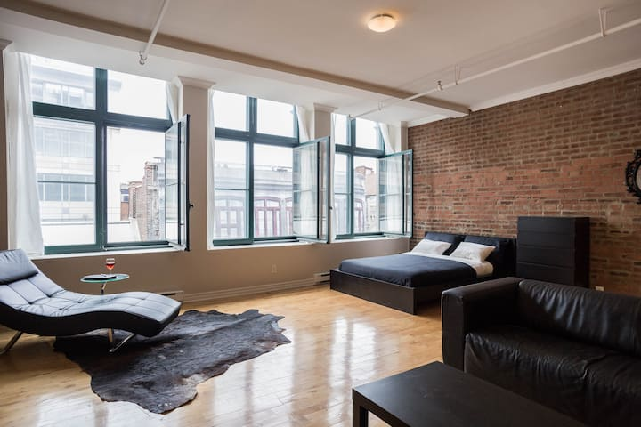 Historic Old Port Loft! - Montréal - Huoneisto