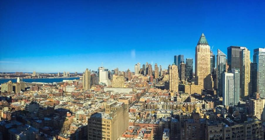 Spectacular View In Manhattan Time Square 3BR 2BA