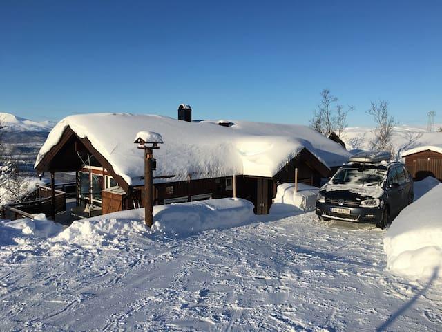 """Skituppen, house in  """"Målselv fjellandsby"""""""