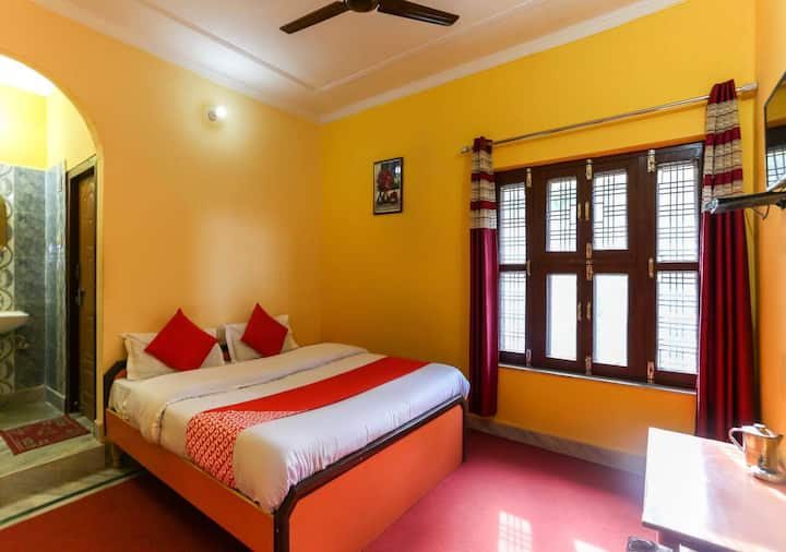 Deluxe Room @Hinval Valley View