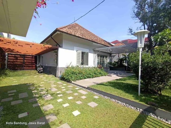 Rumah Westhoff Premium Belanda House Citi Center