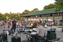 Every Friday in the Summer, they close off the streets in Belvedere Square for outdoor music!