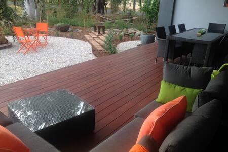 The Shed, mud brick 2x2 nr Bunbury - Boyanup