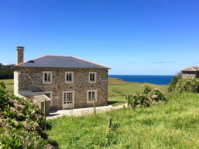 Prairie Sur la Mer - Ortigueira - Huis