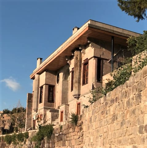 Historic Ahmet Esel Mansion (Ground Floor)