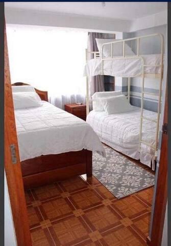 3 individuals beds