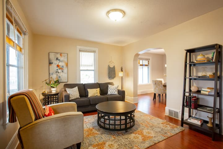Spacious home in Heart of NE Mpls Arts district