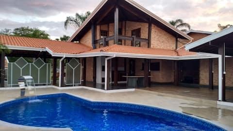 Casa na represa em Avaré