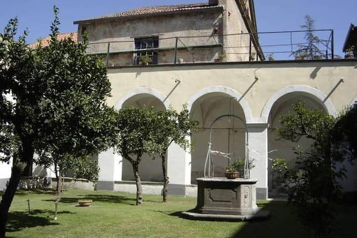 Cimitile (Napoli) -appartamento in dimora storica - Cimitile - Lägenhet