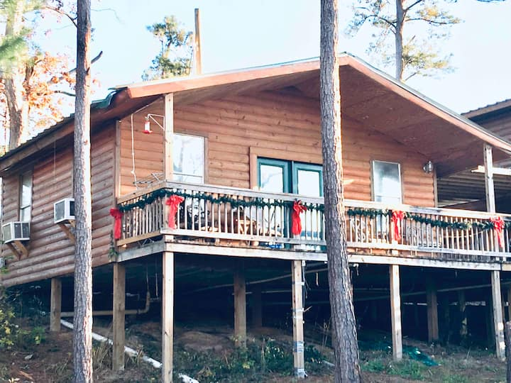 Cabin 3, Stairs to Waterfront, Lake Livingston, TX