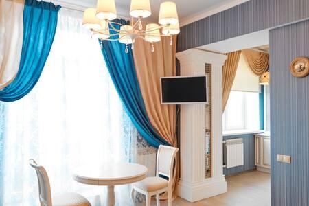 Квартира студия с балконом и видом на Б.Покровскую - Nizhniy Novgorod - Lägenhet