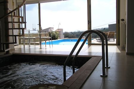 Villa indoor & outdoor pool 10% OFF EARLY BOOKING - Kamisiana