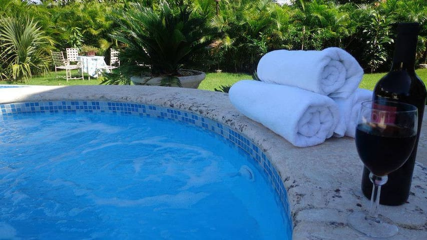 *Breathtaking Villa at Guavaberry, Pool+BBQ