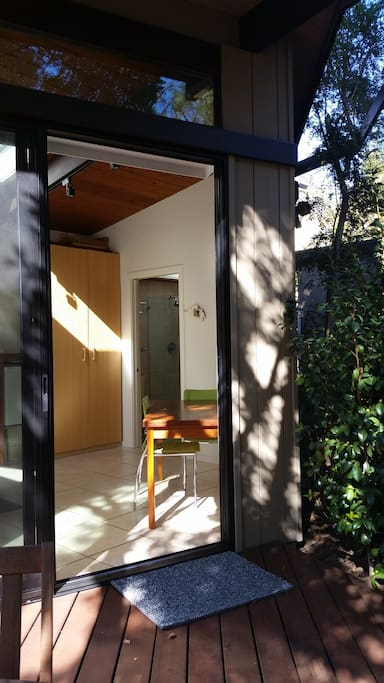 Entrance to the studio --sliding door with lock and screen